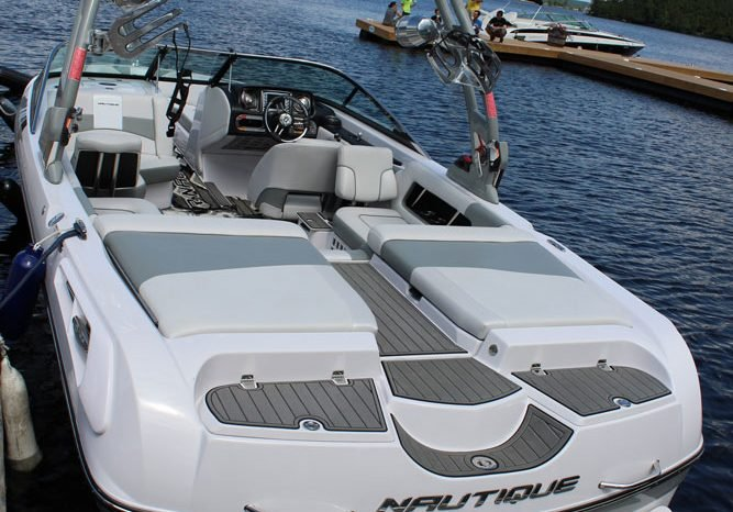 Pre-Owned 2011 Nautique Super Air 230 SPORT AND SKI - WAKEBOARD TOWER
