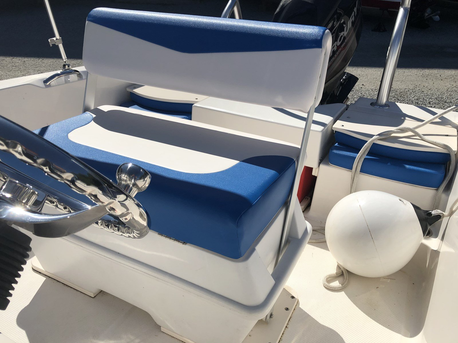 Pre-Owned 2018 Robalo R160 MERCRUISER ENGINE - VERY CLEAN