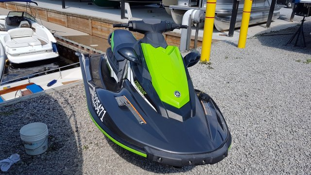 Pre Owned 2018 Yamaha WaveRunner EX Deluxe JET PUMP PROPULSION RIDE TECHNOLOGY Pwc
